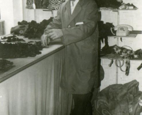 Gikas Tsanikidis Frankfurt Pelz-1968